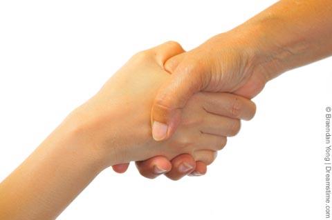 teamwork handshake1