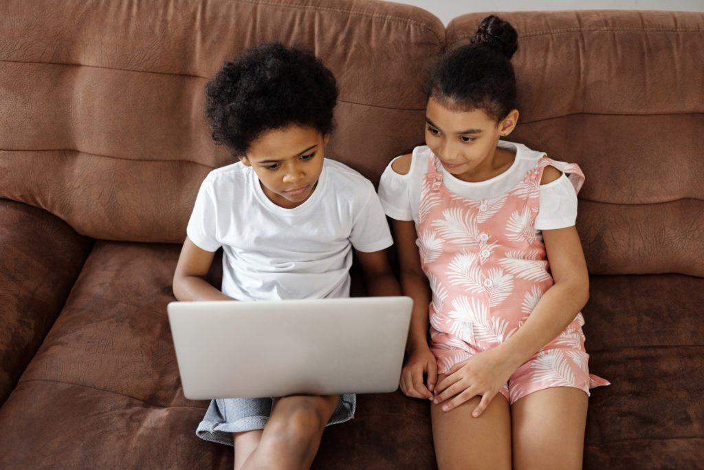healthy screen habits happen in relationship